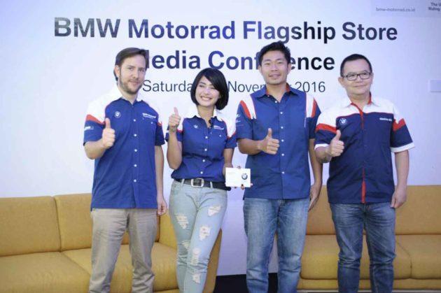 bmw-motorrad-flagship-store