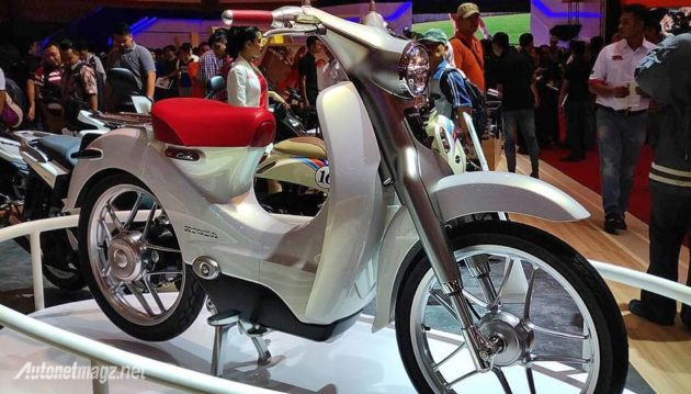 honda-ev-cub-at-imos-2016
