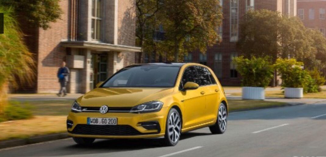 vw-golf-mk7-facelift-2017-yellow