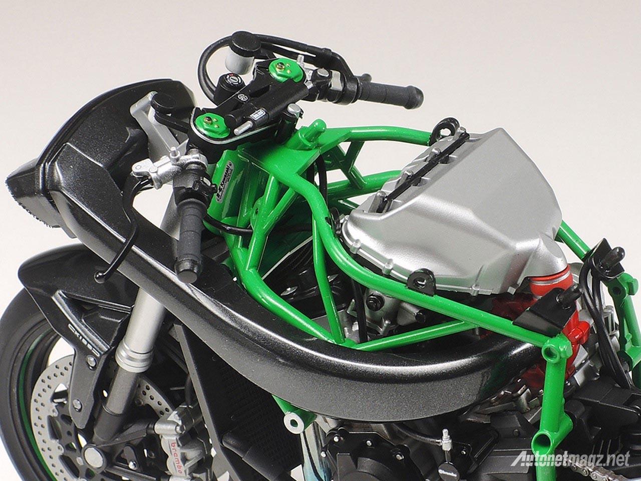 model-kit-kawasaki-ninja-h2r-tamiya-detail