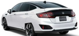 Honda-Clarity_Fuel_Cell-2016-front