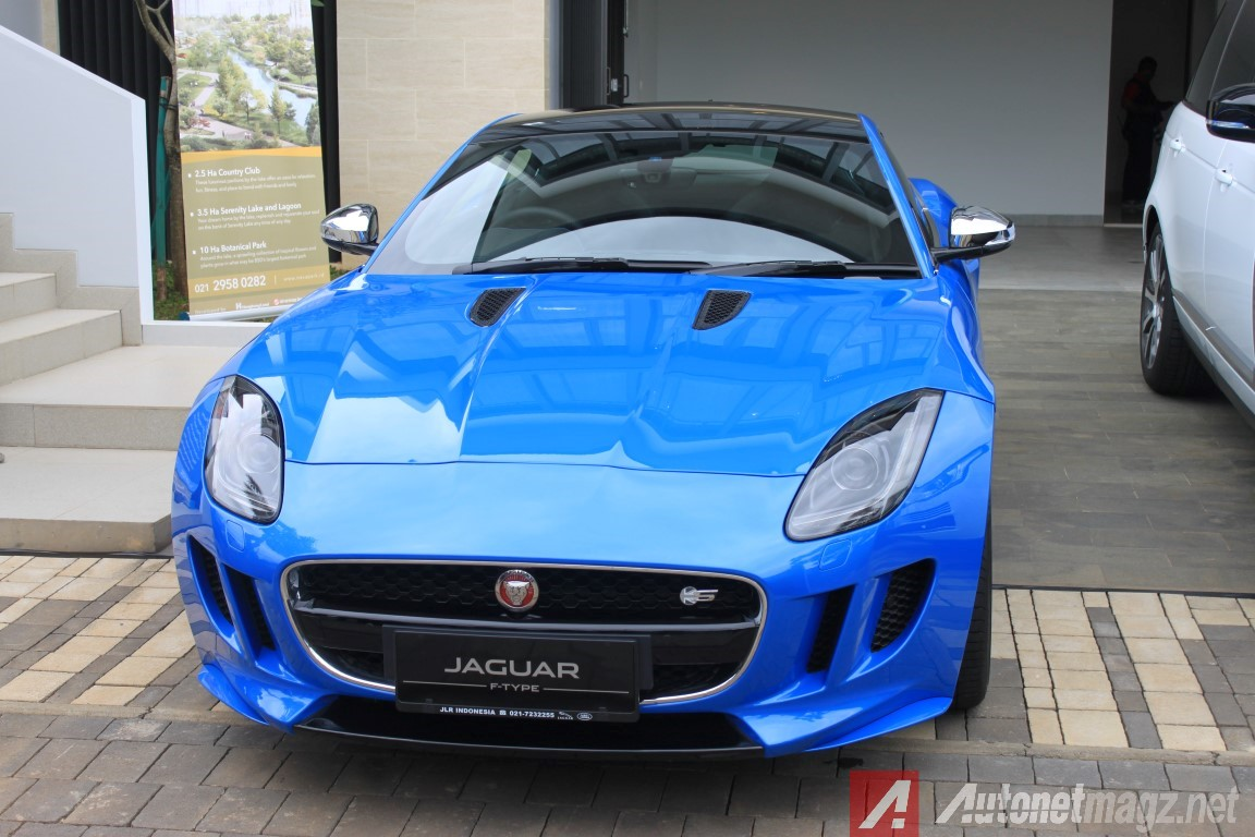 Berita, F-Type British Edition indonesia: Jaguar F-Type British Edition dan Range Rover 3.0 Vogue Resmi Mengaspal di Indonesia