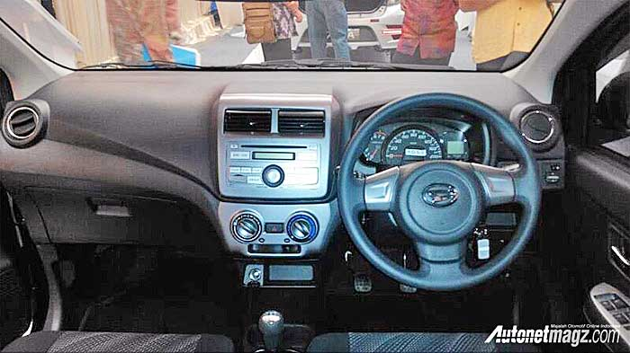 , New-Daihatsu-Ayla-Facelift-1000-interior: New-Daihatsu-Ayla-Facelift-1000-interior