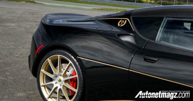 2018 lotus evora 410. fine 410 mobil yang diambil basisnya dari lotus evora 410 ini lebih ringan dan tentu  bertenaga dibandingkan dengan veri 400 sebagai pendahulunya inside 2018 lotus evora