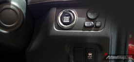 Xpander-interior-dashboard-hitam