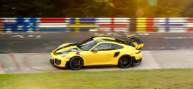 porsche 911 gt2 rs nurburgring lap time