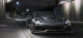 corvette zr1 2019 side