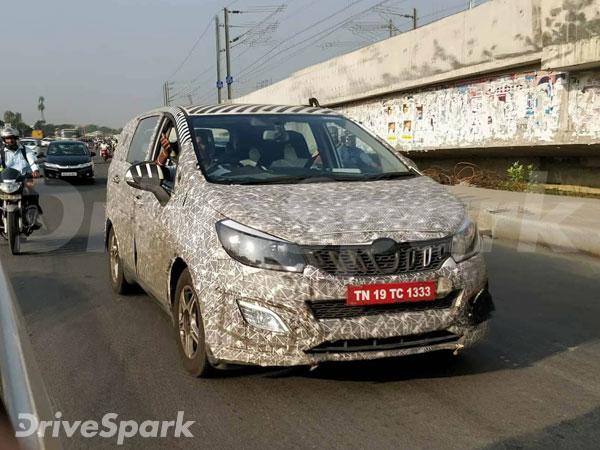 Berita, Mahindra U321 MPV depan: Mahindra U321 MPV, Penantang Innova Dari Negeri Bollywood