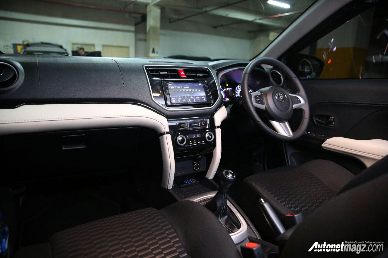 interior All New Toyota Rush 2018 MT – AutonetMagz ...