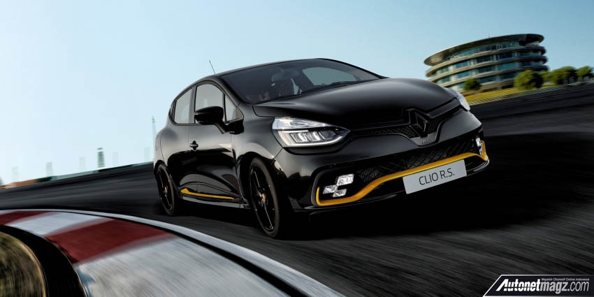 Berita, Renault Clio RS 18 Limited Edition sisi depan: Renault Clio R.S. 18 Limited Edition Sambut Gelaran F1 2018