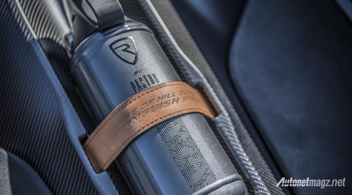 International, rimac c_two 2018 fire extinguisher: Rimac C_Two Pamer 0-100 1,85 Detik : Tesla Roadster? Siapa Tuh?