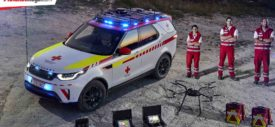 Land Rover Red Cross Discovery samping