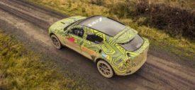 Harga Aston Martin Dbx Autonetmagz Review Mobil Dan Motor Baru Indonesia