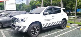 Unit Mobile Service Astra BMW Surabaya