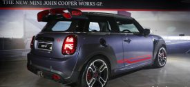 mini-john-cooper-works-gp-indonesia-performance-bar