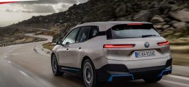 BMW-iX-2022-rear